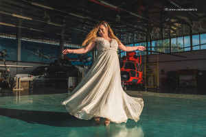 sedinta-foto-trash-the-dress-zbor-cu-elicopterul-creative-colors-constanta-8