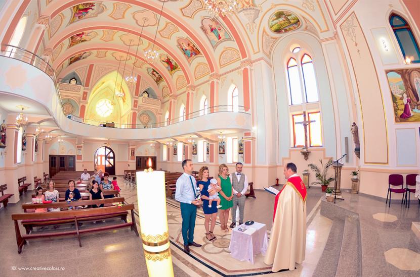 fotograf-botez-catolic-constanta-oituz-botezul-lui-nicolas-1