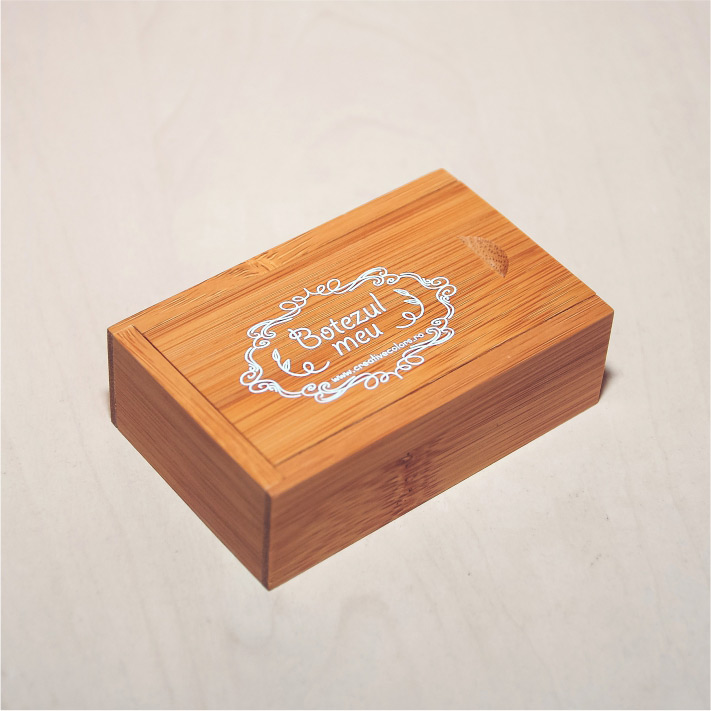memory-stick-lemn-personalizat-constanta-6